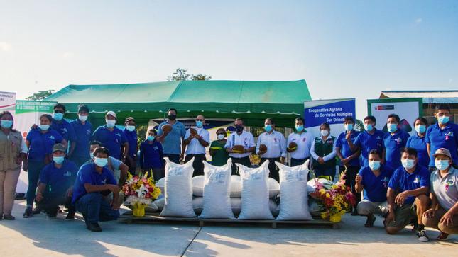 Productores organizados exportan 14 toneladas de granos de copoazú orgánico a Rusia