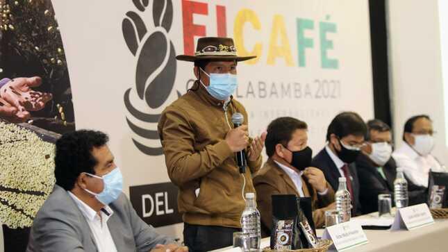 """Ministro Víctor Maita: """"Vamos a promover el consumo interno de café para incrementar ingresos de pequeños productores"""""""