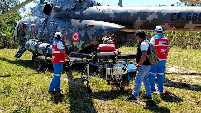 Helicóptero del Ejército trasladó de urgencia a dos bebés de comunidad nativa hacia Puerto Maldonado