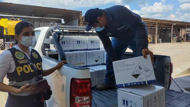 Operativo multisectorial da golpe a venta ilegal de plaguicidas prohibidos