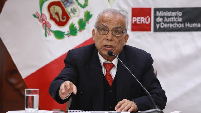 Ministro Aníbal Torres sustenta presupuesto asignado al  sector Justicia ante la Comisión de Presupuesto del Congreso