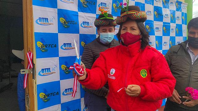 Gore Ayacucho: Instalan televisión comunal en la comunidad campesina de Huertahuasi-Chuschi