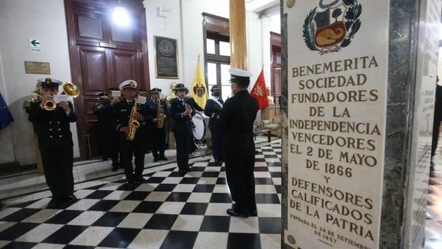 Benemérita Sociedad de Fundadores de la Independencia incorpora al Ministro de Defensa como socio honorario