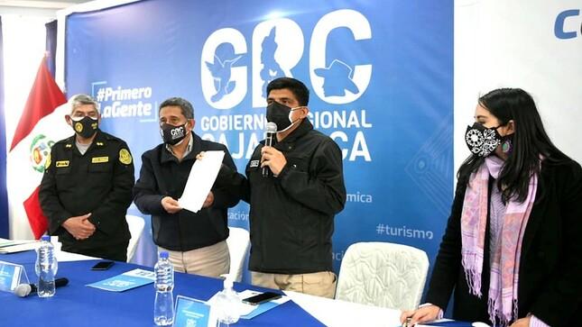 Mininter y GORE Cajamarca firman convenio para adquirir más de 100 vehículos y reforzar el patrullaje policial en la región