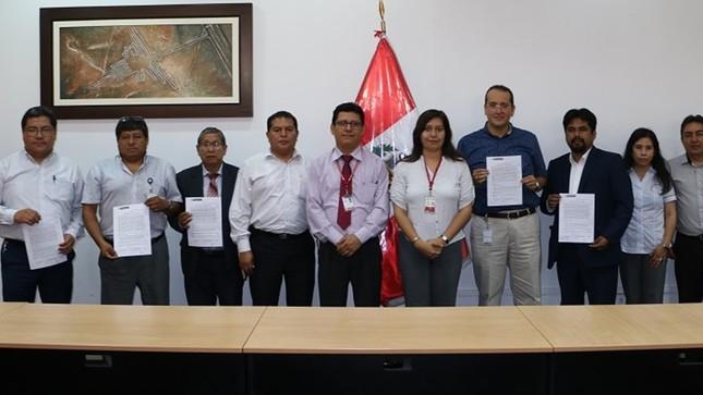 Reniec e INIA suscriben acuerdos con sus sindicatos