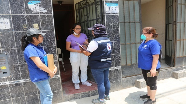 Minsa brinda apoyo emocional y acompañamiento  a vecinos de San Juan de Lurigancho