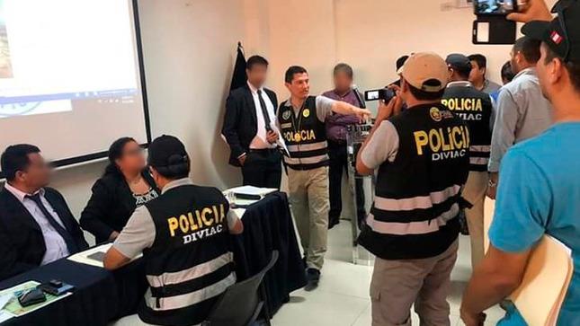 """PCM saluda prisión preventiva impuesta a miembros de organización criminal """"Impostores de la Reconstrucción"""""""