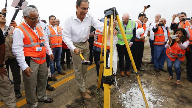 Jefe de Estado destacó que construcción y mejora de aeropuertos regionales promoverán la conectividad y productividad del país