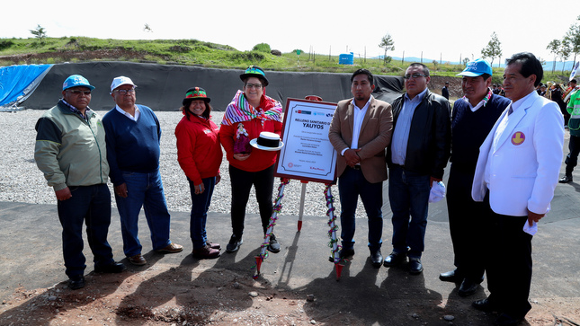 Ministra del Ambiente inaugura planta de revalorización de residuos y relleno sanitario en distrito de Yauyos en Jauja