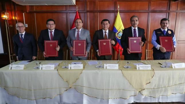 Perú y Ecuador suscribieron compromisos con miras al Gabinete Binacional