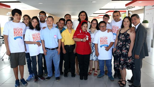 Ministra Flor Pablo llama a incluir a niños, jóvenes y adultos con habilidades especiales