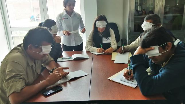 Agricultores de Pasco mejoran sus métodos de evaluación sensorial y de protocolo del cacao