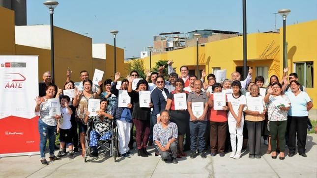 MTC entrega títulos de propiedad a familias del Condominio Metro de Lima