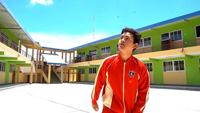 Minedu inaugura colegios en  Paita y Chincha para 2468 alumnos