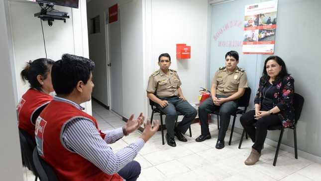 Ministra Gloria Montenegro inspecciona Centros Emergencia Mujer en comisarías de Lima Metropolitana