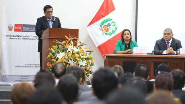 Ministro Vicente Zeballos resalta que ciudadanía cuenta con mayor acceso a la información pública