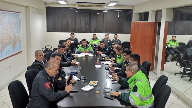 Surco: Policía refuerza seguridad con motos, patrulleros y agentes especializados