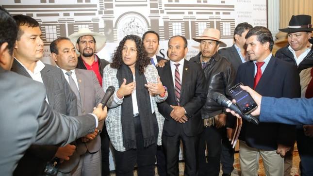"""Ministra Fabiola Muñoz: """"Trabajo en equipo permitió aprobar 14 leyes en favor del agro nacional"""""""
