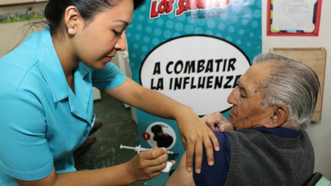 Minsa promueve vacunación gratuita contra la influenza a grupos de riesgo