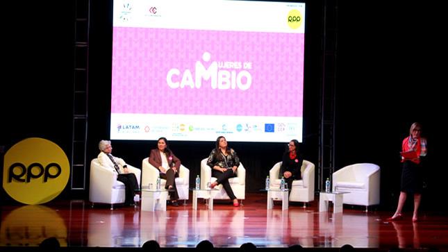 """Ministra Flor Pablo: """"Una educación libre  de estereotipos  es parte de una formación integral"""""""