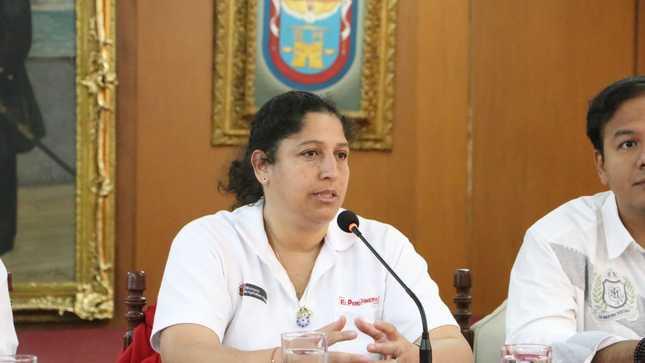 """Ministra Fabiola Muñoz: """"El diálogo es la mejor manera de hacer bien las cosas, sin paralización, ni violencia"""""""