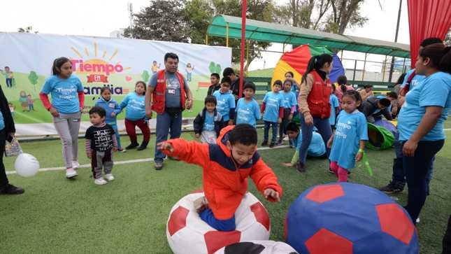 """Niñas, niños y adolescentes trabajadores de calle celebraron """"Día de la familia peruana"""""""