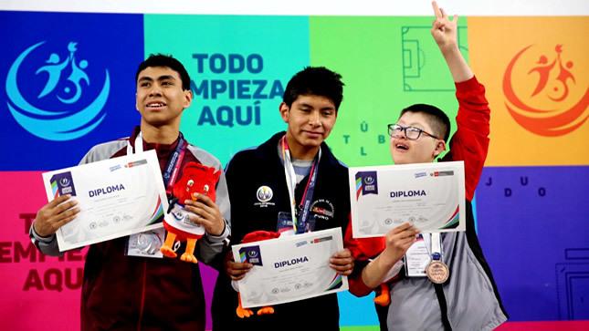 Campeones de paranatación de JDEN 2019 recibieron sus medallas