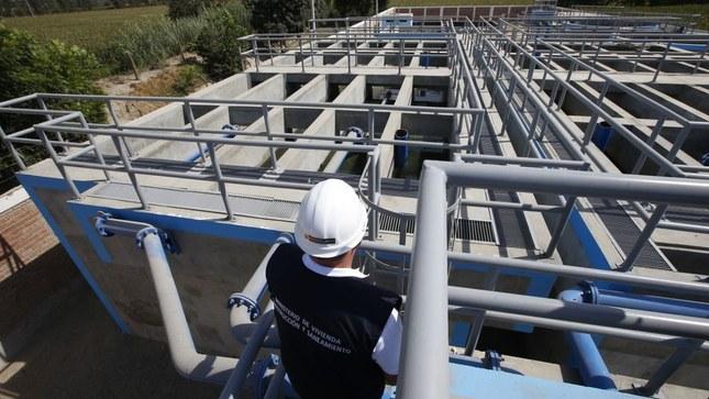 Reconstrucción: MVCS convoca a ingenieros para 292 puestos en proyectos de saneamiento