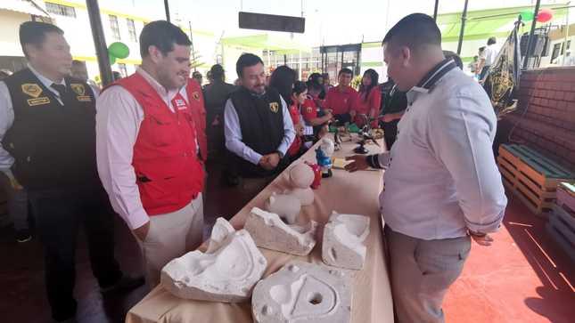 Viceministro de DDHH y jefe del INPE supervisaron avance de obras de dos nuevos pabellones del penal de Chimbote