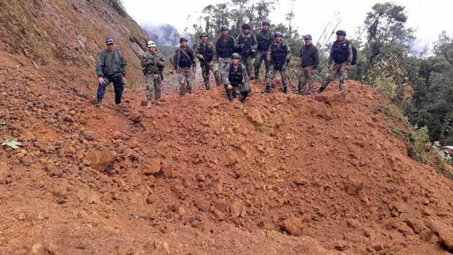 Fuerzas del Orden inhabilitan vía carrozable usada por mineros ilegales en El Cenepa