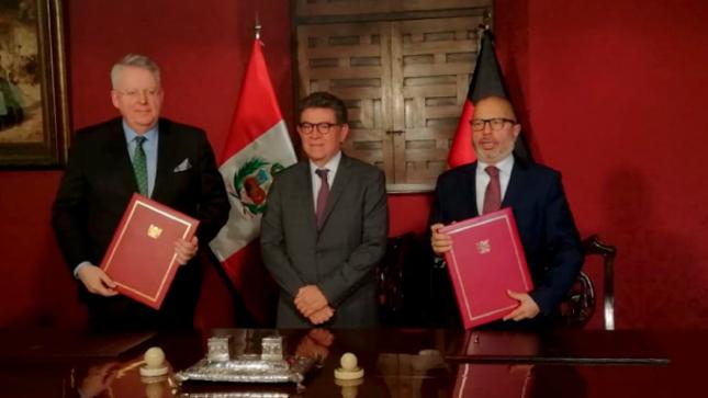 El IRTP suscribe importante acuerdo de cooperación con la Deutsche Welle de Alemania