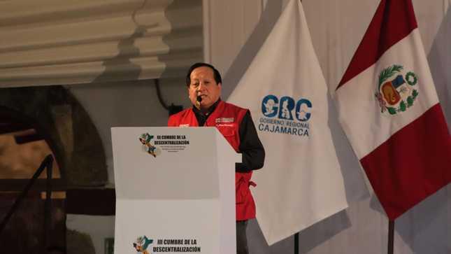 Cerca de cuatro millones de peruanos de zonas rurales accederán a internet de alta velocidad al 2021