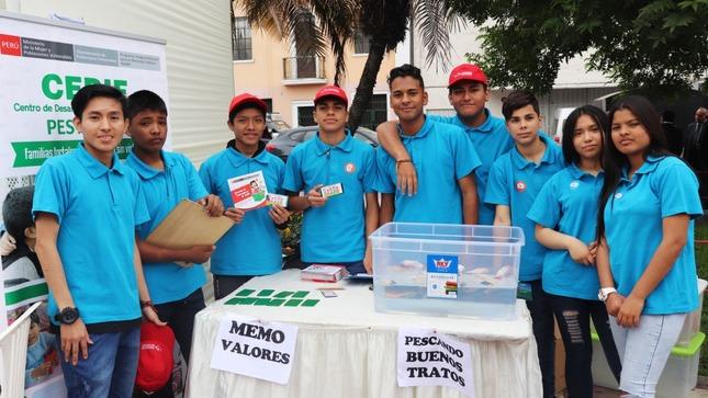 Adolescentes del MIMP desarrollan campaña sobre valores