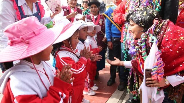 Ministra Cáceres ratifica compromiso del Gobierno con el desarrollo sostenible y la prevención de riesgos en Puno