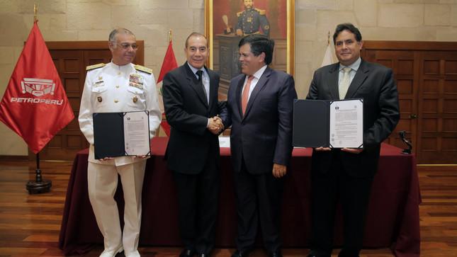 Marina de Guerra y Petroperú suscribieron acta para construir nueva Capitanía de Puerto en Talara