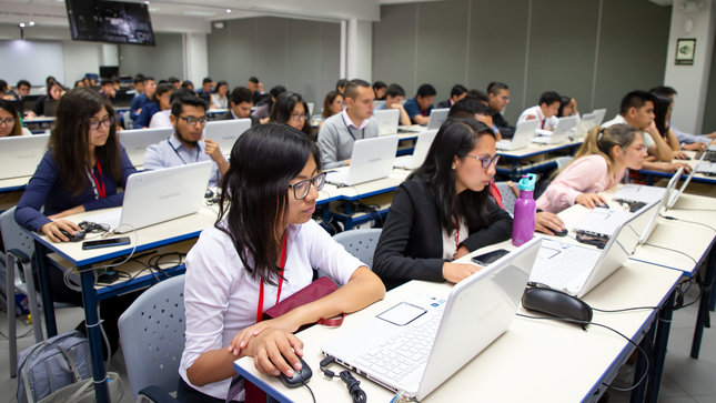 OEFA inició su Curso de Extensión Universitaria 2020 con 72 estudiantes de 16 regiones del Perú