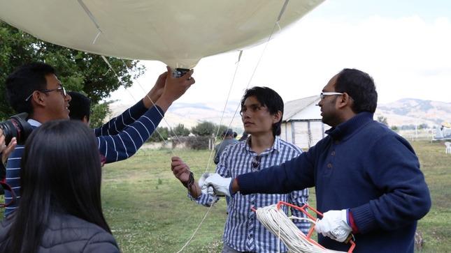 Conoce la productiva labor de un investigador de la India en el Instituto Geofísico del Perú