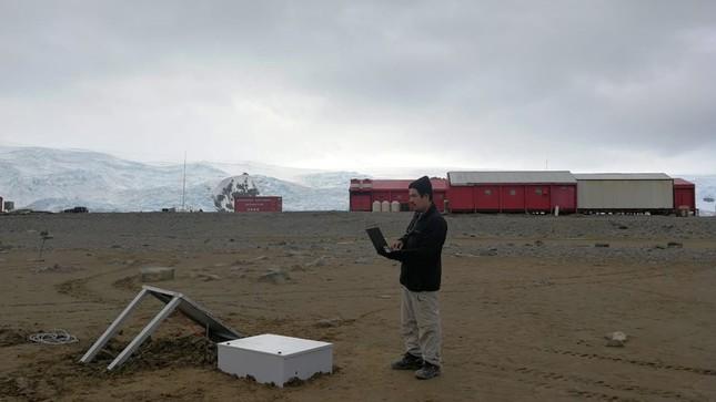 Agencia Espacial del Perú realiza misión científica en la Antártida