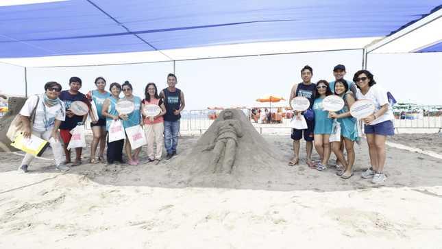 """Ministerio de Cultura realizó concurrida cuarta edición """"Cultura en Arena"""" en playa Agua Dulce"""