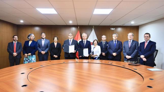 El MINJUSDH firma convenio con la Junta Nacional de Justicia para ejecutar programa de uso del Expediente Electrónico