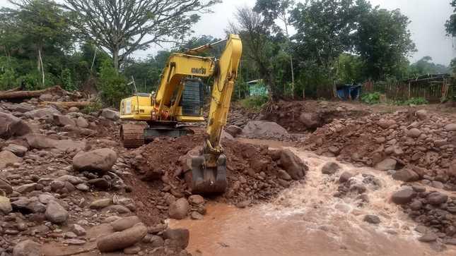 San Martín: MVCS retira 4450 metros cúbicos de piedras y sedimentos de la quebrada San Nicolás