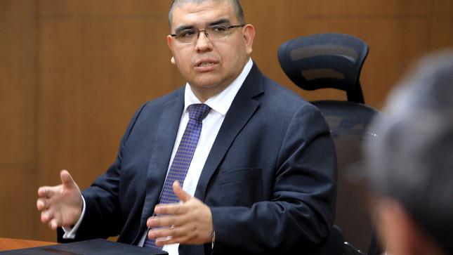 Ministro Castañeda: prioridad del MINJUSDH es garantizar salud de internos y seguridad en establecimientos penitenciarios