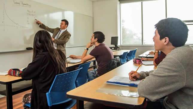 Minedu aprueba orientaciones para la continuidad del servicio educativo universitario
