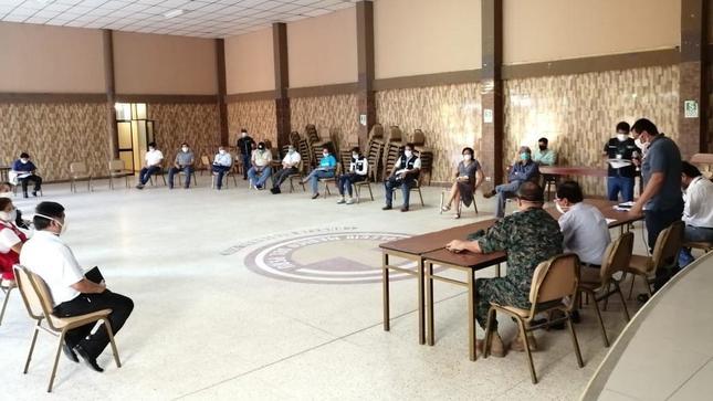Minsa y autoridades de salud de Ucayali conforman Comando Regional de Operaciones Covid-19