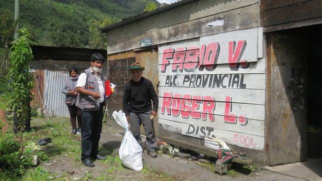 MUNICIPALIDAD DE SAN GABÁN INICIÓ ENTREGA DE CANASTA BÁSICA FAMILIAR POR EL BROTE DEL COVID 19