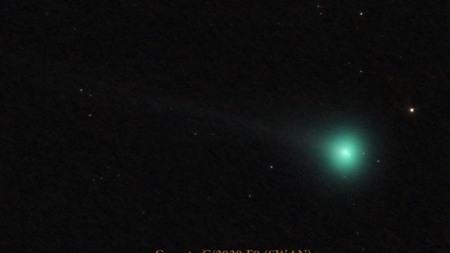 Un cometa nos vista