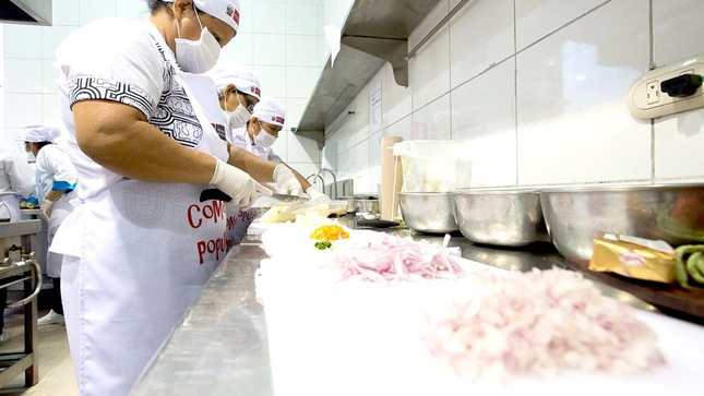 Comedores populares ya cuentan con lineamientos sanitarios para reiniciar su funcionamiento