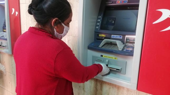 Más de 3.2 millones de hogares ya cobraron el bono de S/ 760