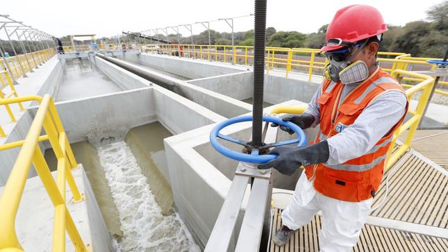 MVCS reiniciará en junio ejecución de obras de saneamiento urbano que beneficiarán a más de 340 mil personas