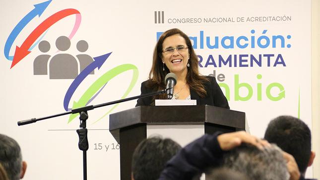 """Presidenta del Sineace: """"La evaluación tiene que ser parte de la cultura educativa"""""""